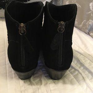 Frye Shoes - NWOB Frye Antonia Thread Shootie Black Ankle Boot